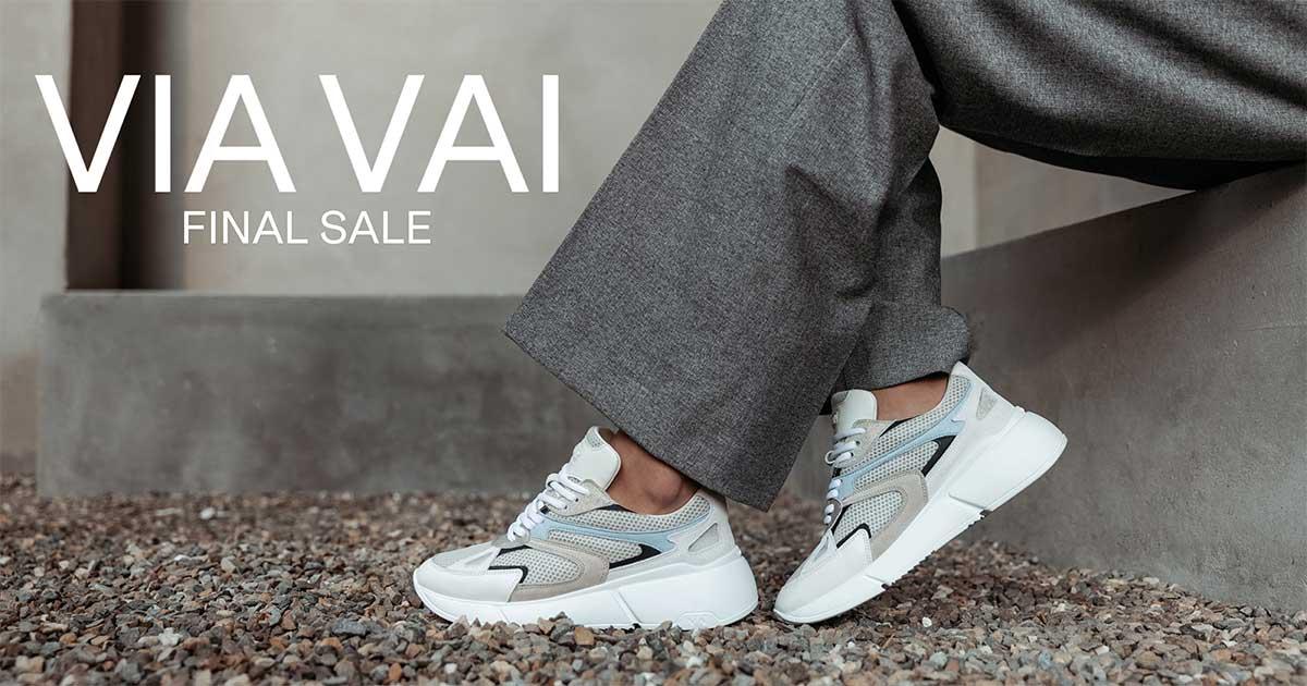 VIA VAI Sneaker: Celina Luxx