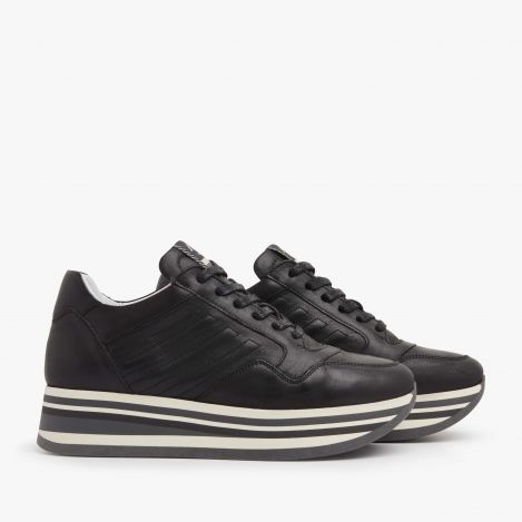 Mila Bow black sneakers