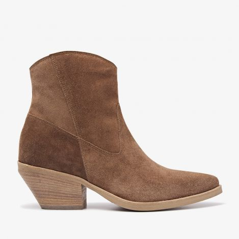 Jil West brown ankle boots