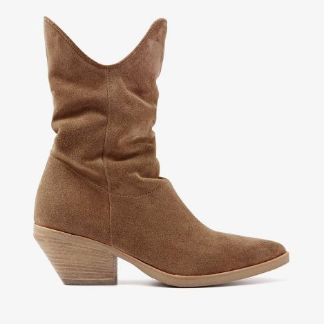Jil East brown ankle boots