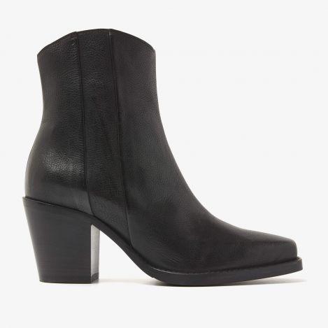 Anika Beau sorte ankelstøvler