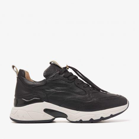 Zaira Fae black sneakers