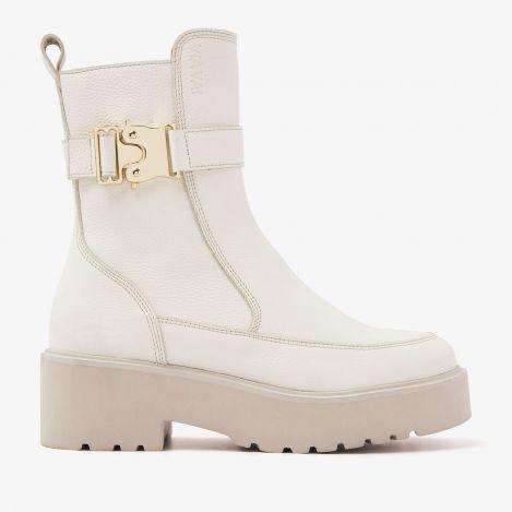 Bobbi Moss beige boots