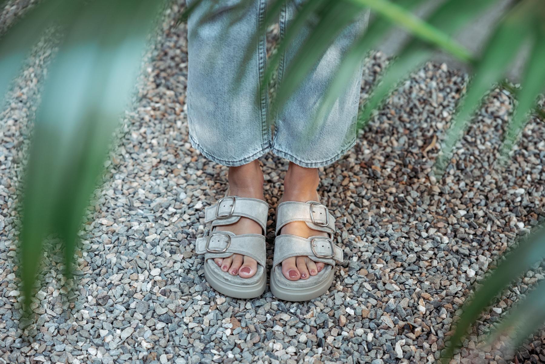 VIA VAI slipper: Maddison Dee
